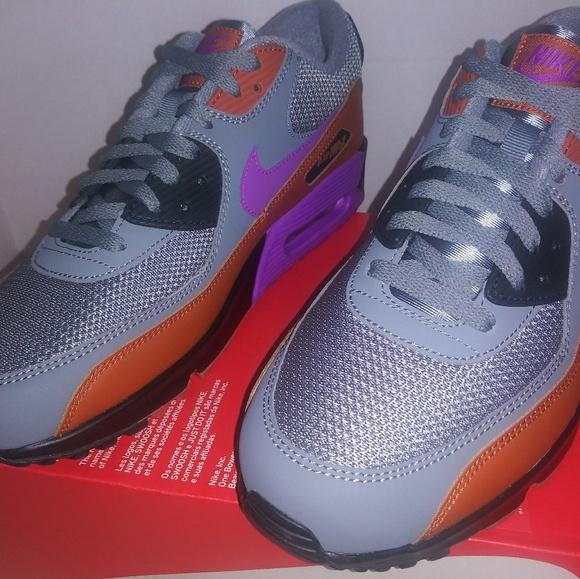 premium selection 057cf d68ff Nike Air Max 90 Essentials. Men's Size: 11 NWT